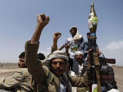 تصویر از انهدام ۳ خودروی متجاوزان سعودی در استان جوف یمن