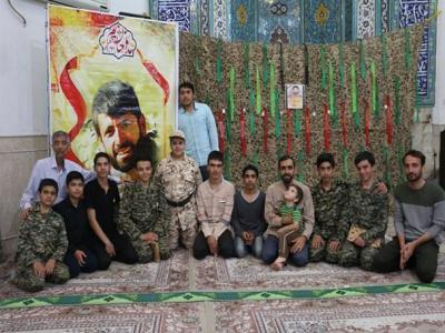 تصویر از مراسم بزرگداشت شهید مدافع حرم ابراهیم رشید برگزار شد