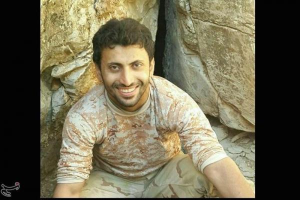 تصویر از فرمانده شهید حججی در آینه خاطرات: داعش را ۷کیلومتری فرودگاه متوقف کرد/زندگی در کانکس حرمین سامرا