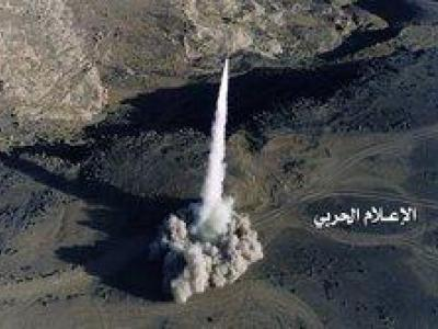 تصویر از موشک «بدر ۱» پادگان نظامیان سعودی را در هم کوبید