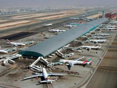 تصویر از سکوت رسانههای غربی درباره حمله هوایی انصارالله یمن به فرودگاه دبی
