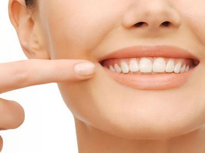 تصویر از مواد غذایی که دندانهای شما را نابود میکنند +اینفوگرافیک