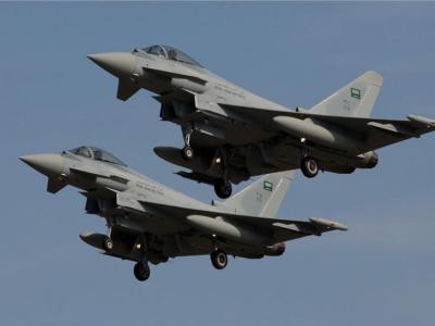 یمن| جنگندههای سعودی بندر صیادی در الحدیده را بمباران کردند