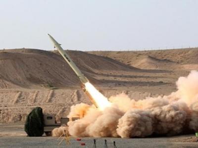 تصویر از یمن ناوچه جنگی عربستان در سواحل جازان را مورد هدف قرار داد
