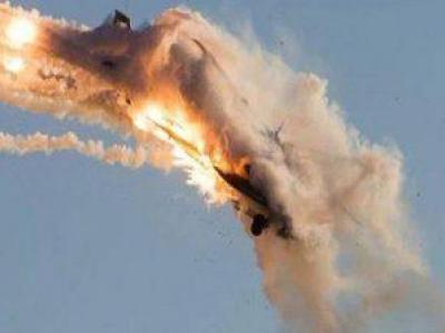 تصویر از یمنیها هواپیمای جاسوسی سعودی ها را منهدم کردند
