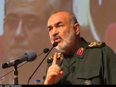 تصویر از رزمایش سپاه|سردار سلامی: در توسعه قدرت دفاعی توقف نمیکنیم