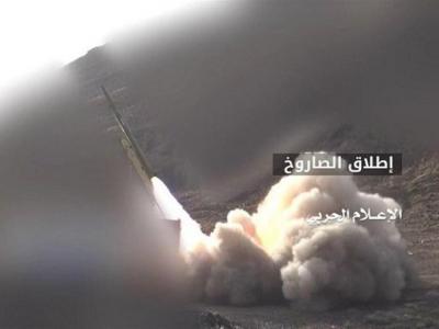 تصویر از شلیک موشک «بدر۱-P » به مواضع مزدوران عربستان در غرب تعز
