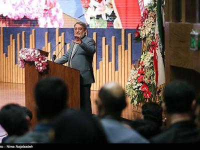 تصویر از حضور وزیر کشور در اجتماع فاطمیون رامسر