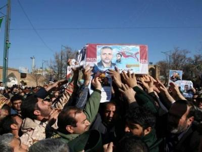 تصویر از پیکر مطهر شهید مدافع حرم در قزوین تشییع شد