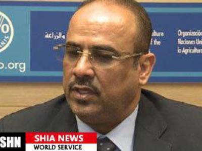 تصویر از وزیر کشور دولت مستعفی یمن به سعودی ها حمله کرد