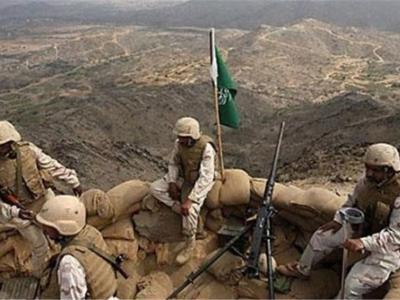 تصویر از تیراندازی سرباز سعودی به نیروهای ارتش عربستان