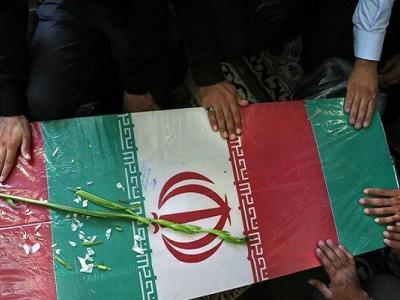 تصویر از شهدای مدافع حرم احیاگر واقعه کربلا هستند