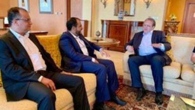 تصویر از دیدار سخنگوی انصارالله یمن با فرستاده پوتین در مسقط