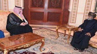 تصویر از دیدار نماینده عربستان با پادشاه عمان در خصوص پرونده یمن