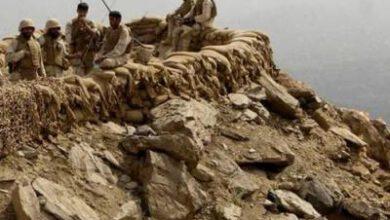 تصویر از کشته شدن دو نیروی ارتش سعودی در درگیری با نیروهای یمنی
