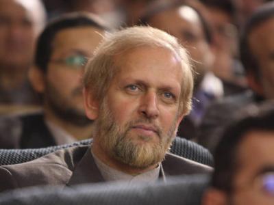 آمریکا میخواست پس از ترور حاج قاسم به ایران حمله کند/ نباید بگذاریم شهید سلیمانی ترور شخصیت شود