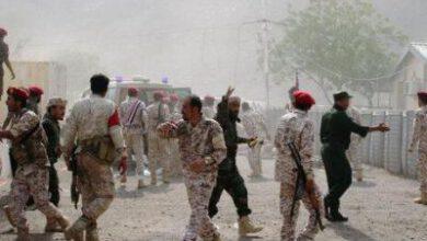تصویر از حمله پهپادی و موشکی به پادگان مزدوران دولت مستعفی یمن
