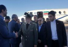 تصویر از وزیر دفاع و پشتیبانی نیروهای مسلح وارد کرمان شد